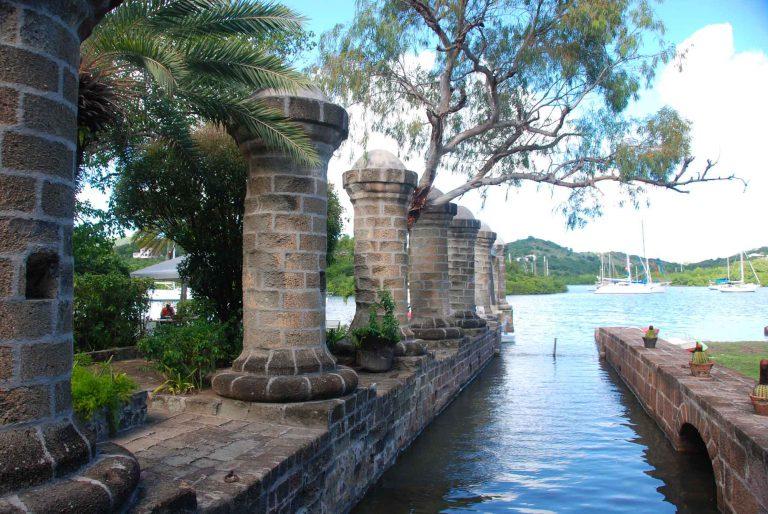 Antigua-English-Harbour