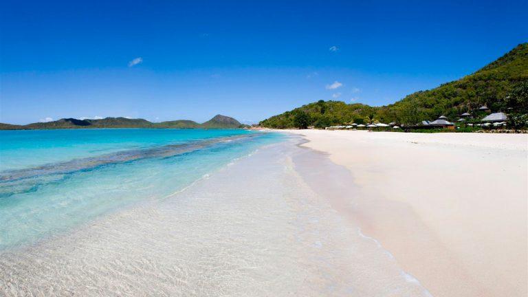 Antigua-Hermitage-Bay