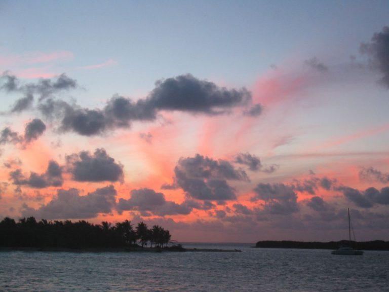 coucher-de-soleil-a-petite-terre
